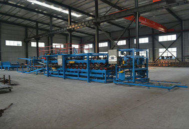 Trung Quốc Waterproof Sandwich Panel Roll Forming Machine Suitable For Color Coating Coil nhà cung cấp