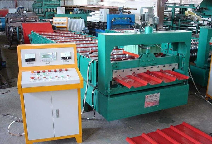 Green Color Roofing Sheet Roll Forming Machine With Stainless Steel Slide
